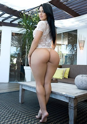 Latinas with Sexy butts naked hot big