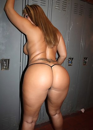 Big Ass Locker Room Porn Pictures
