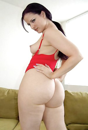 Big Ass Perky Tits Porn Pictures
