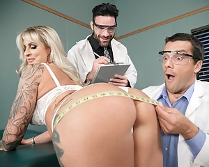Big Ass Doctor Porn Pictures