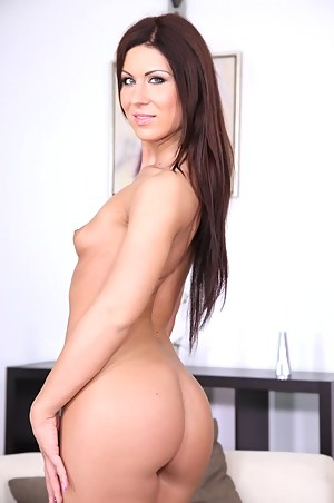 Ebony Big Tits Small Waist