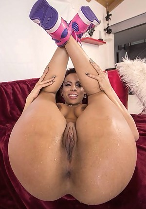 Black big booty girl with nice pussy apologise